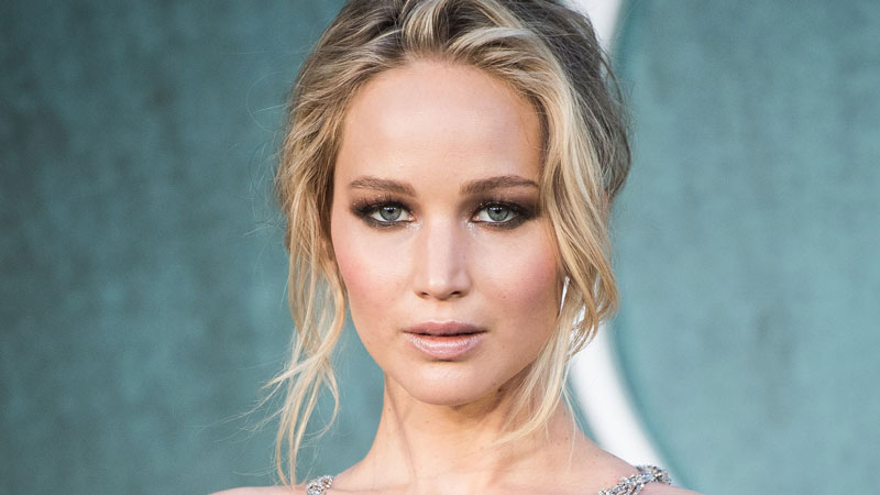 Jennifer Lawrence Net Worth is in 8 Digits But She Is ...
